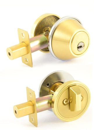Замок MUL-T-LOCK DEAD BOLT DBM SHINY BRASS UNIV BS60мм CLASSIC